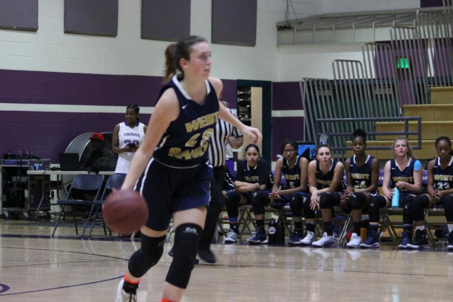 Girls Basketball is Defeated by Valencia