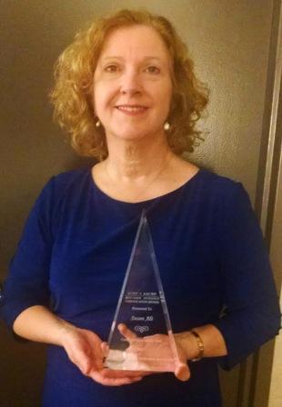 Susan Alt ACRN Award II_69453