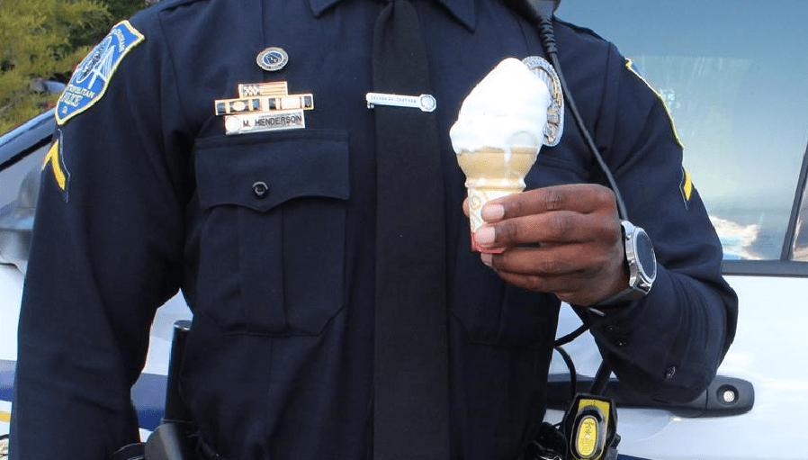 icecream cop_276408