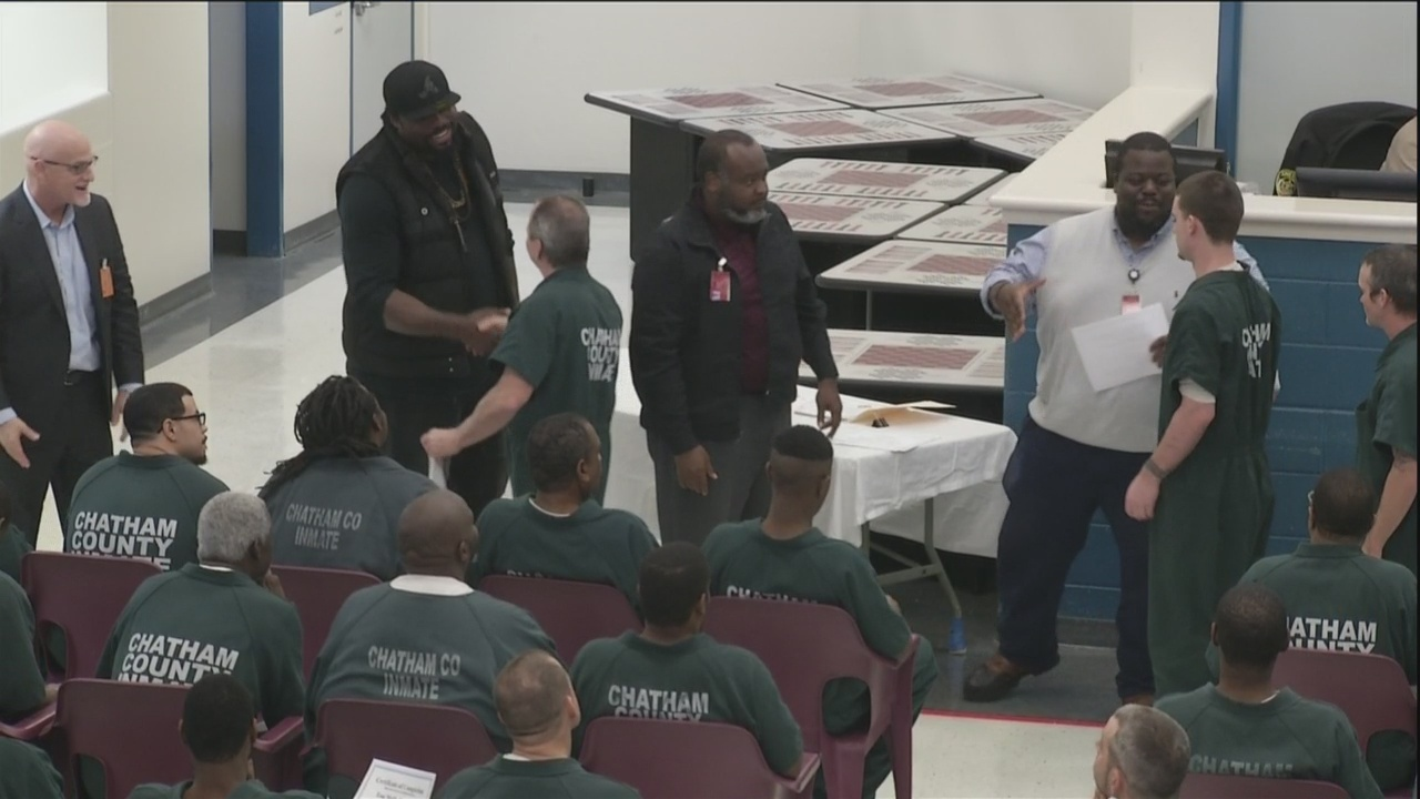 NFL alum motivate substance abuse graduates