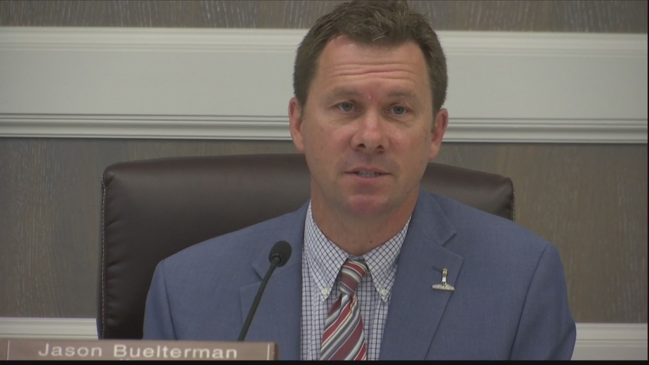 Tybee Mayor Buelterman won't run for reelection