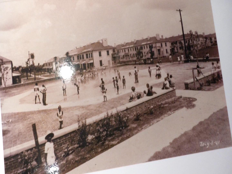 Downtown Savannahians help preserve forgotten history   WSAV-TV