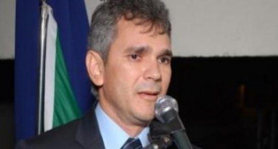 MPF denuncia ex-prefeito paraibano e empresário por dispensa irregular de licitação