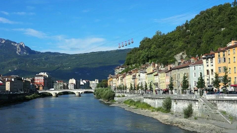 Votre reconversion professionnelle à Grenoble