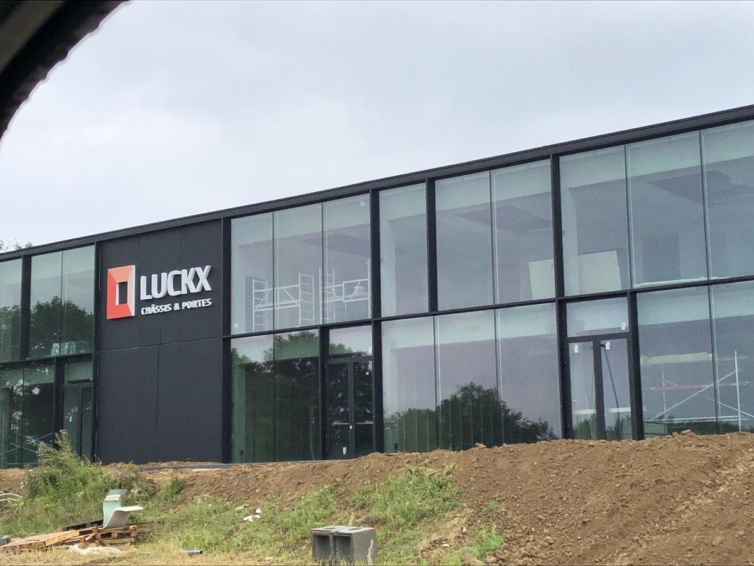 Luckx