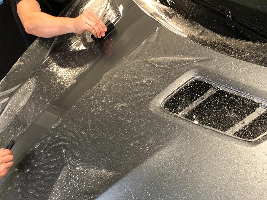 Beschermende folie voor auto's