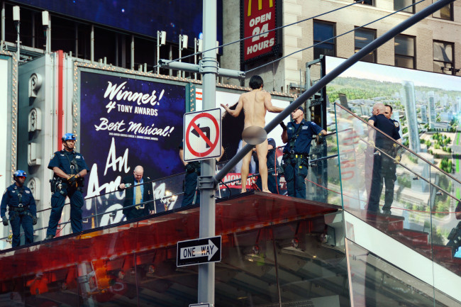 Naked Man Times Square_209523