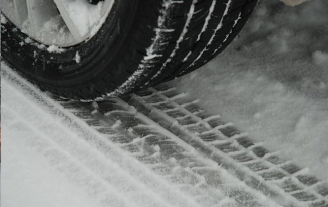 car-tire-snow_506725
