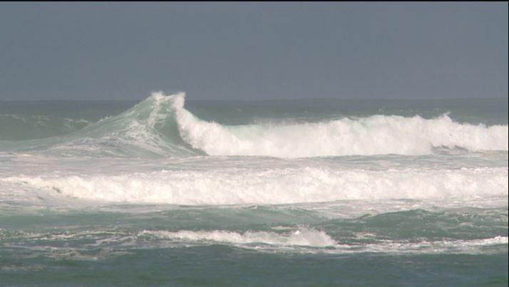 ocean-surf-wavy_448586