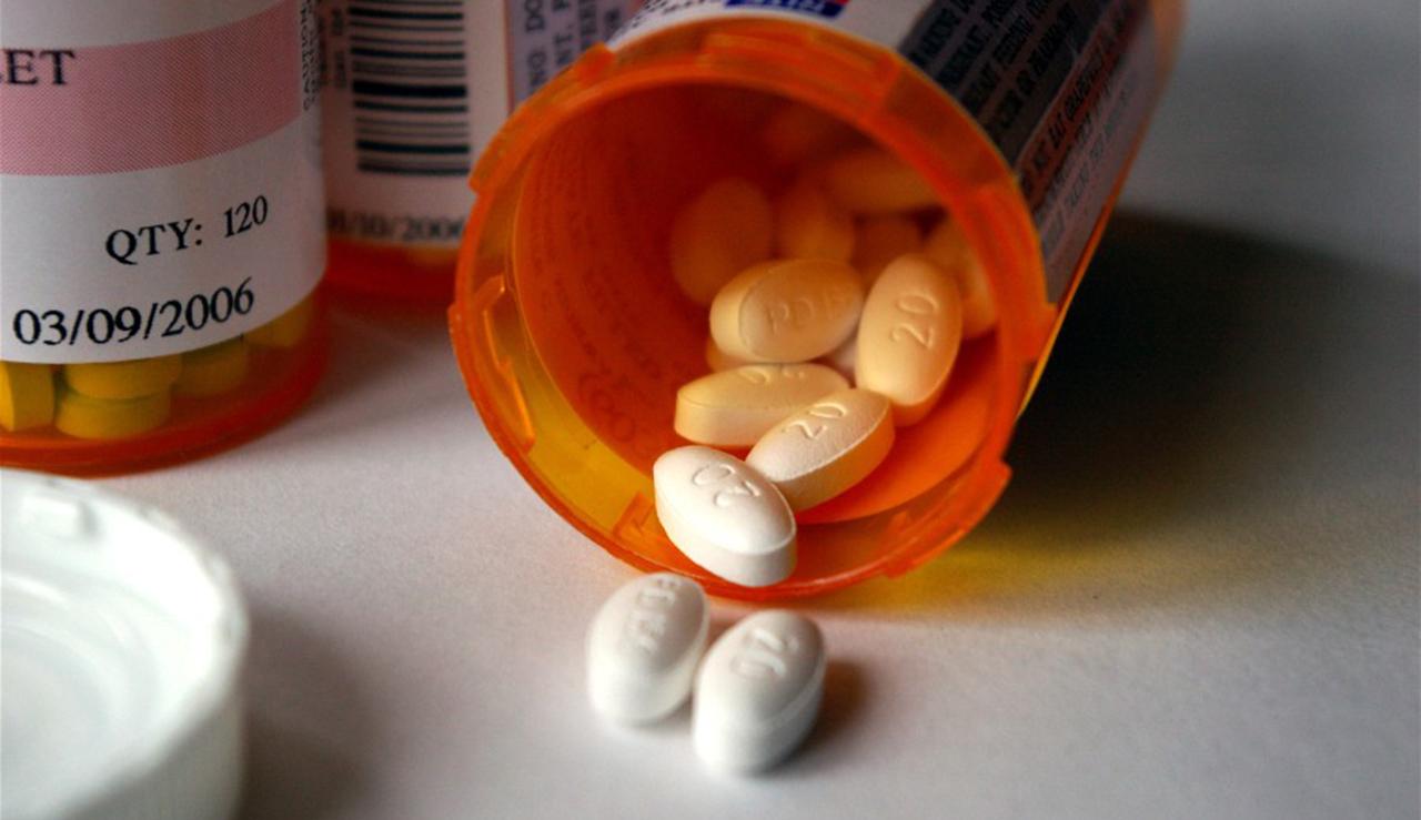 pills pill bottle drugs prescription generic_223255