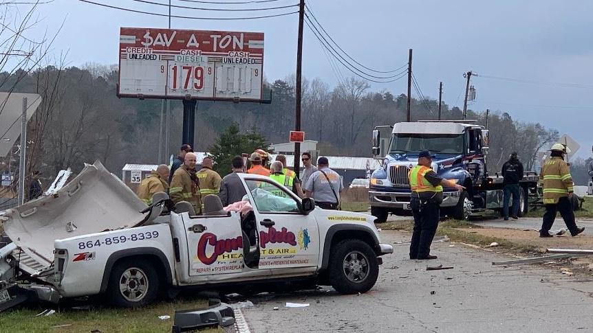 Easley highways reopened after 18 wheeler crash