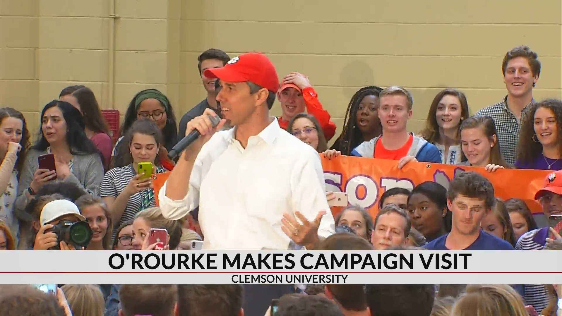 Democratic Pres. candidate Beto O'Rourke makes stop in Clemson