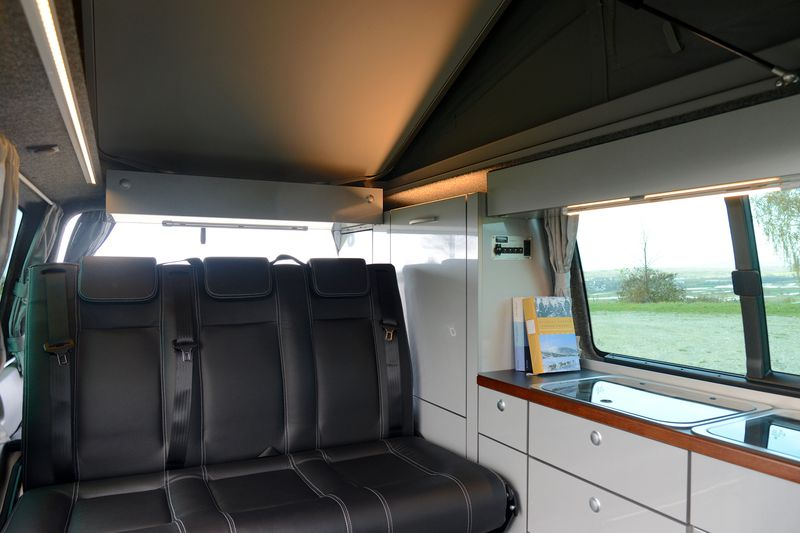 classic vw t5 t6 camping vans wohnmobile camper. Black Bedroom Furniture Sets. Home Design Ideas