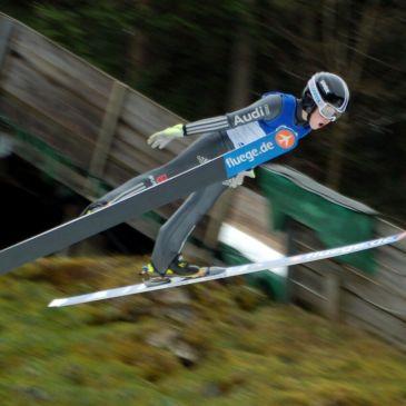 Rastbüchler Skispringer erfolgreich im Bayerncup