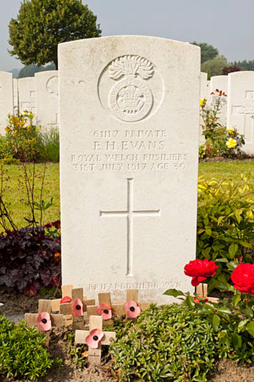 The grave of Hedd Wyn at Artillery Wood Cemetery in Belgium