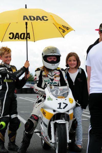 140621-Startaufstellung-zum-1-MB-Rennen-Oschersleben