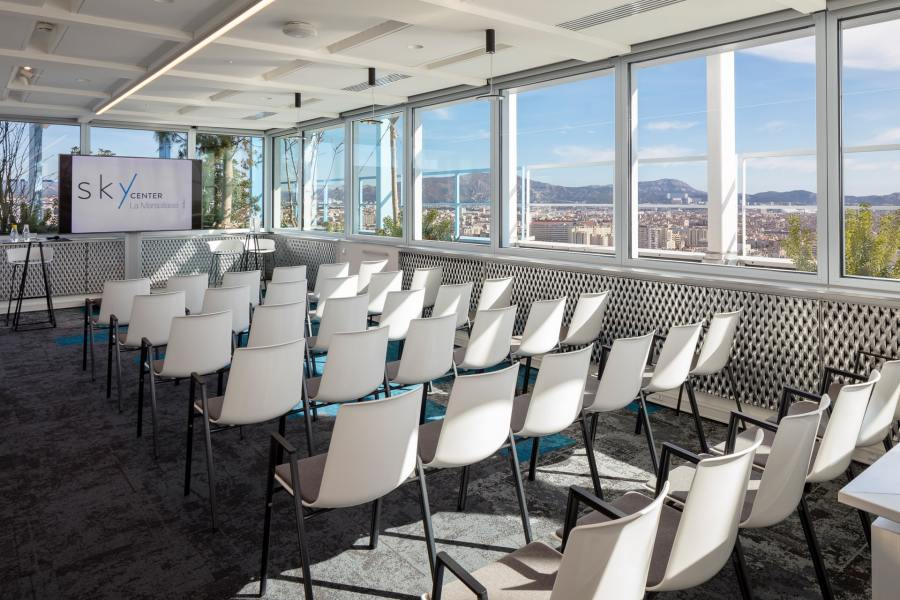 salle de réunion à Marseille dans le sky center