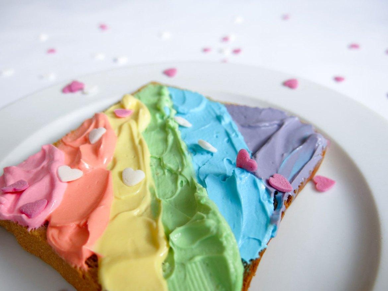 rainbow-toast-05