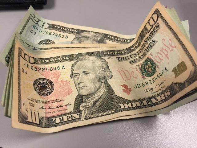 $10 bill money_130891