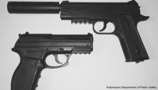 BB guns_220518