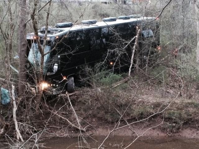 2016-04-06 Gregg Allman Tour Bus Crash AP_267219