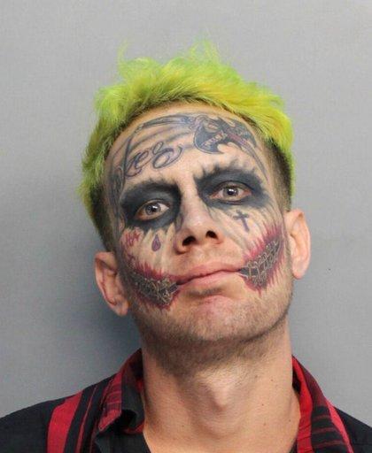 Joker Gun Arrest_459048