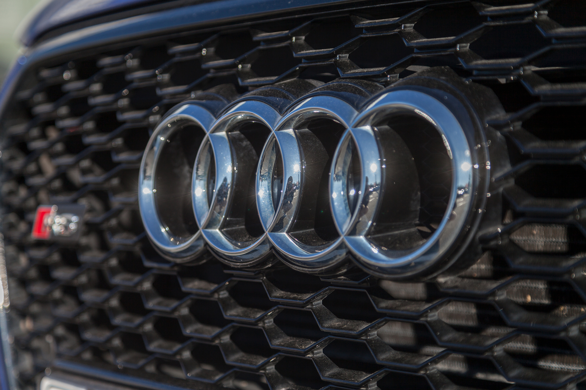Audi logo generic.jpg