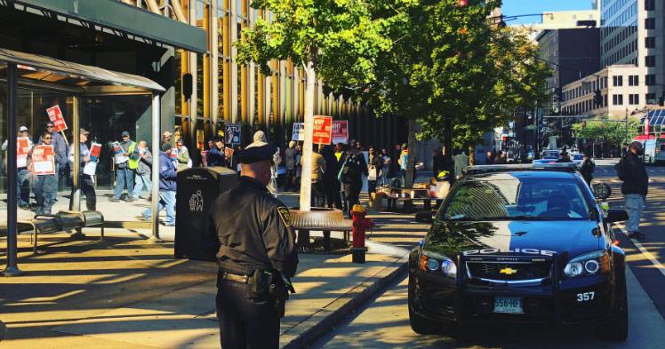 2018-10-19-Transit-Worker-Protest-Hartford_1539979620592.jpg
