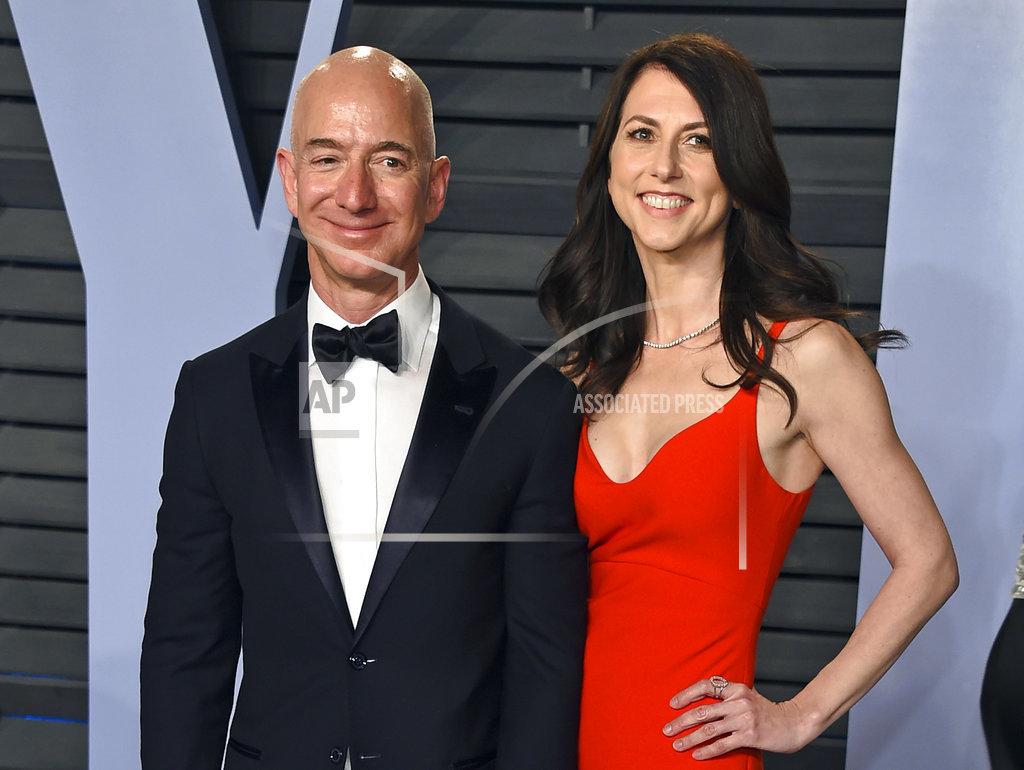 Jeff Bezos Divorce_1547067605658