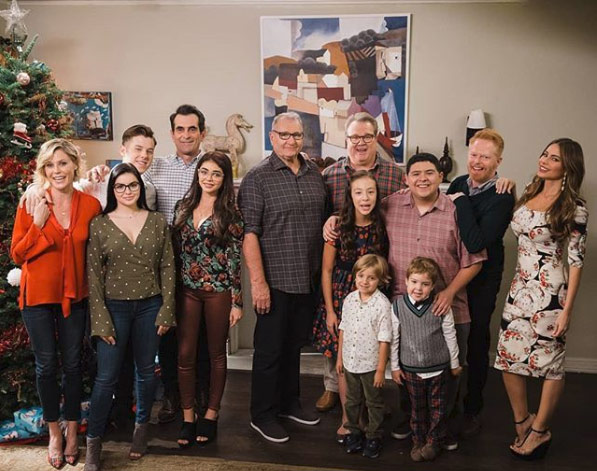 2019-02-06-Modern-Family-cast-ABC_1549485083204.jpg