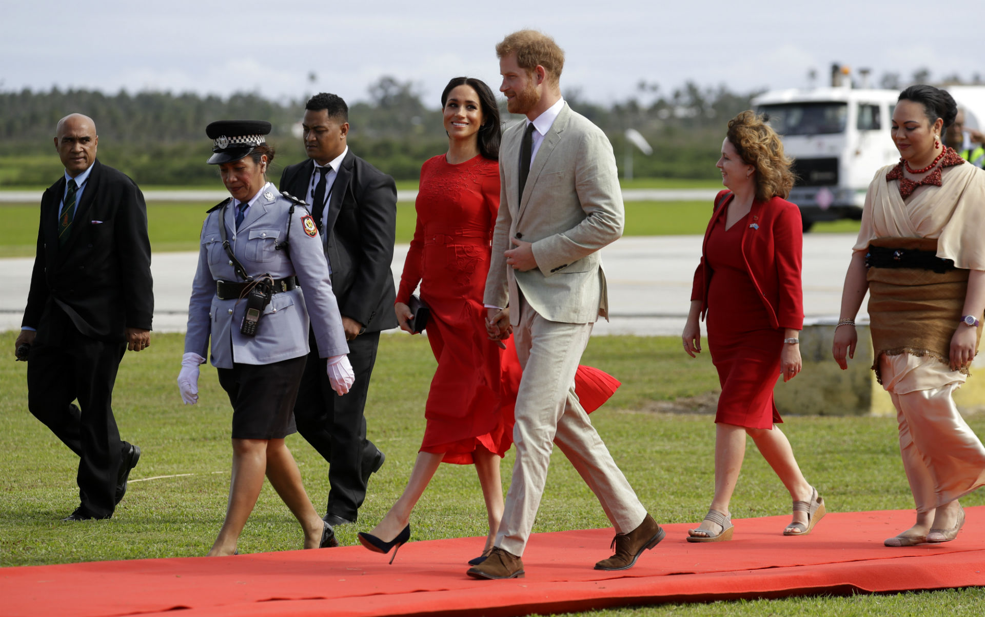 Meghan Markle and Prince Harry_1540479308171.jpg.jpg