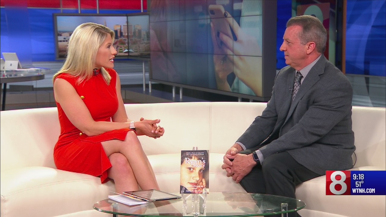 """Author of """"Ryan's Story: A Father's Hard-Earned Lessons about Cyberbullying and Suicide"""" speaks to parents"""