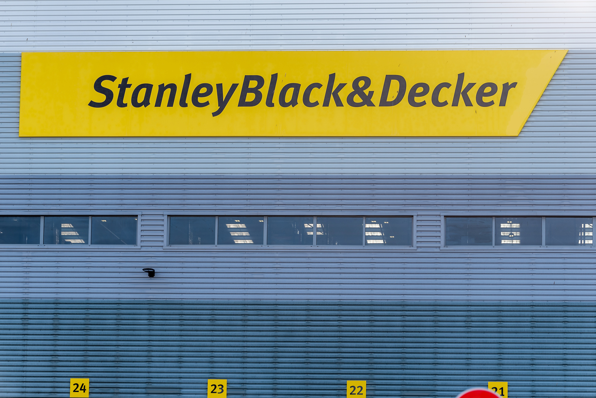 stanley black & decker.jpg