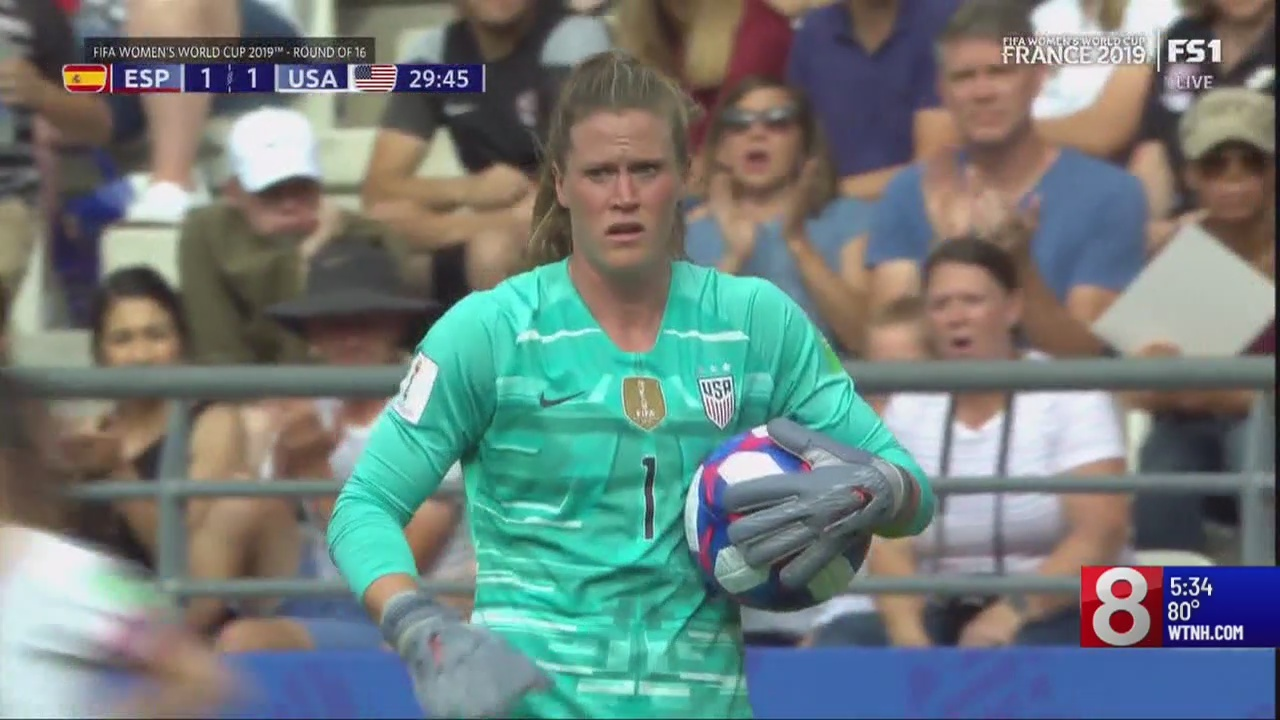 World Cup watch party held at Trumbull school for U.S. Women's soccer goalie from CT