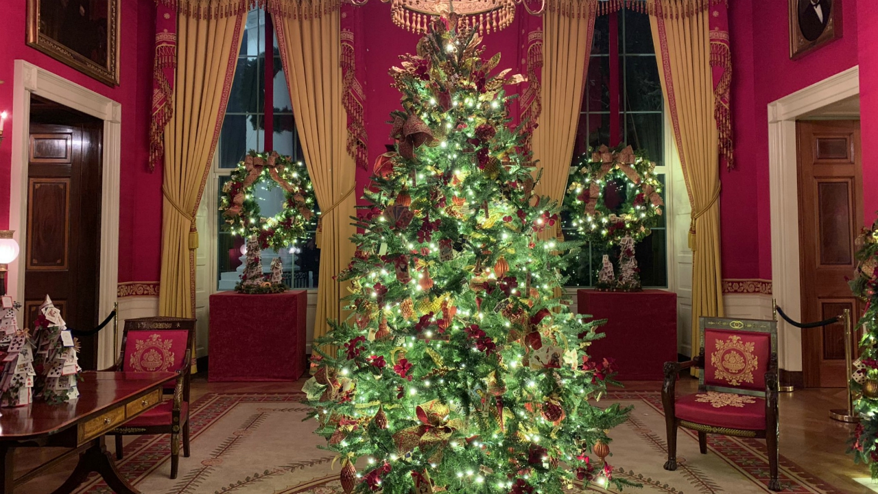 Annual White House Christmas Decorations Unveiled Wtnh Com