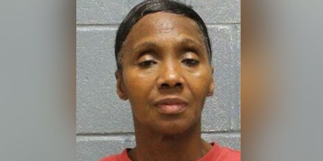 Woman charged with drug trafficking in Lee County