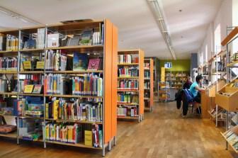 Die Kinder- und Jugendbücherei im ersten Stockwerk.