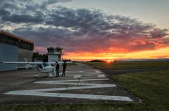 Was für ein toller Sonnenuntergang am Sportflugplatz beim Schenkenturm in Würzburg.