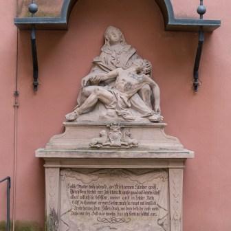 Skulptur aus dem Jahr 1764.