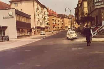 Rottendorfer Straße - links das damals neue Gebäude der Sparkasse.