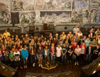 Etwa 100 Schülerlotsinnen und -lotsen geehrt