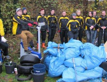 "Erfolgreiche Müllsammelaktion ""Global Volunteer Day"""