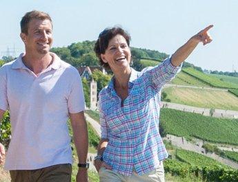Würzburger Wanderführer mit acht Routen