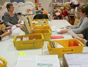 Weihnachtspost aus 123 Ländern