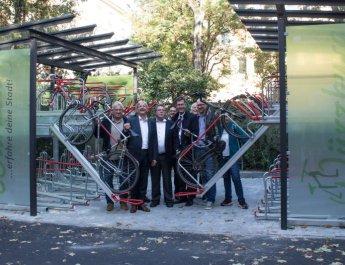 Neue Garage für 32 Fahrräder eingeweiht