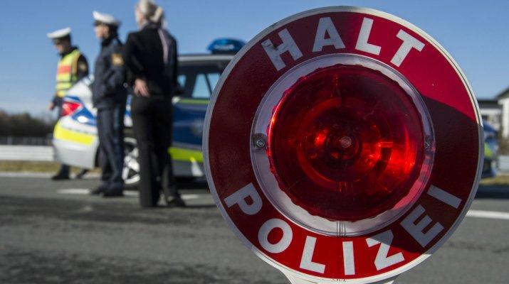 Symbolbild Polizeikontrolle