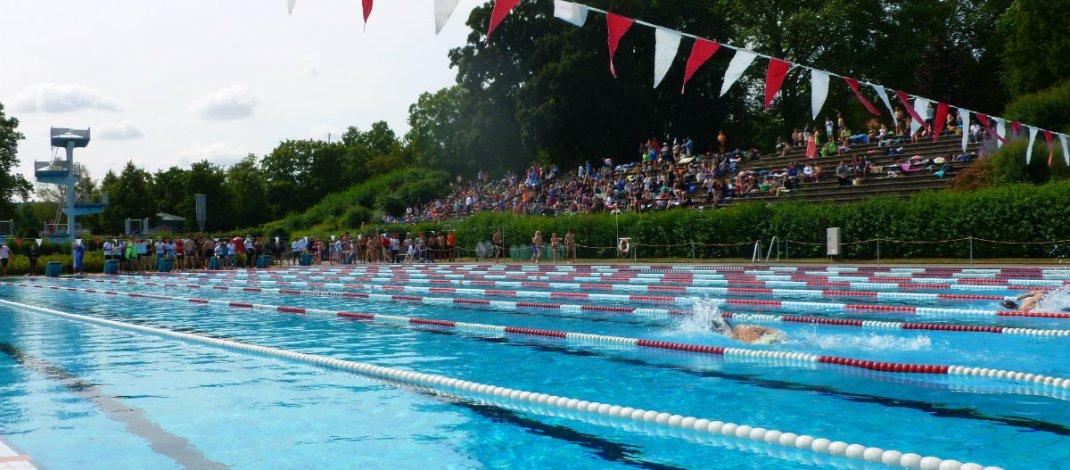 60 Jahre Schulschwimmfest