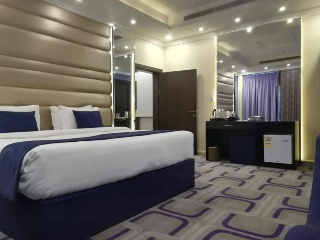 فنادق حي الروضة جدة