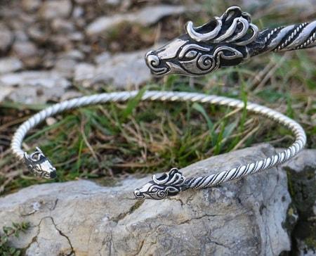 Fianna Celtic Deer Bronze Bracelet