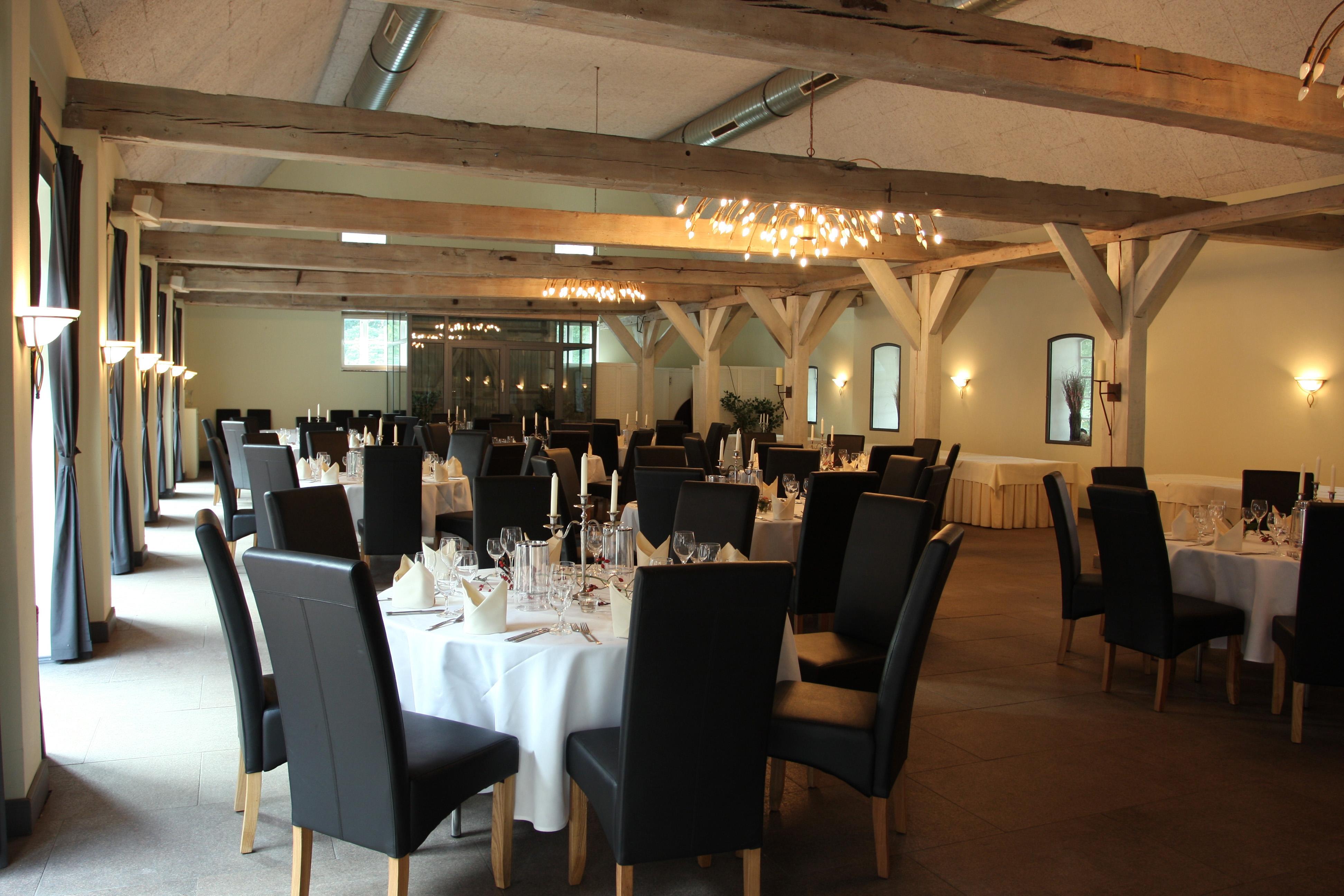 Rumlichkeiten  Restaurant  Hotel Zur Wulfsmhle